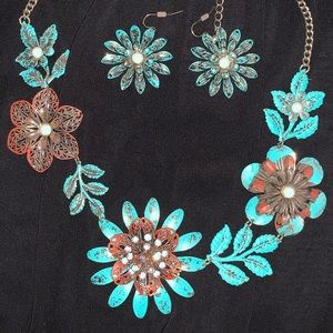 Country rustic necklace and matching earrings